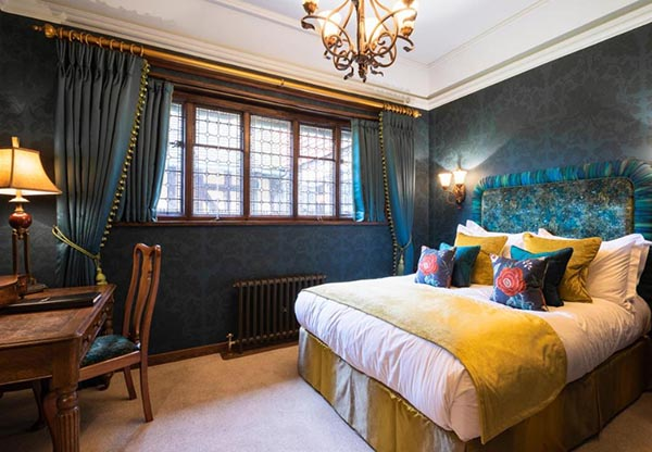 Hever Castle Luxury B&B Bedroom
