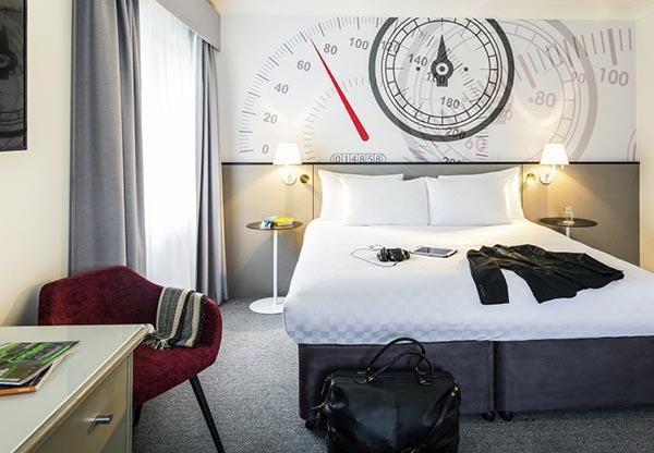Mercure Brandshatch Hotel Room