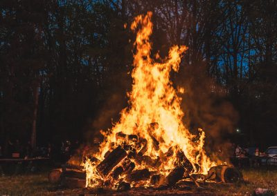 Reuthe's No Bang Bonfire Celebration